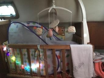Daisy's crib & cot combo